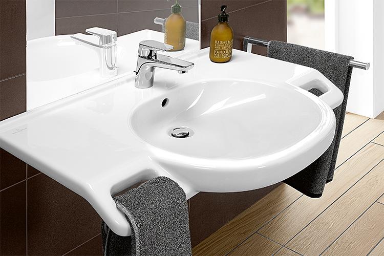 Barrièrevrije badkamers inrichten met villeroy & boch