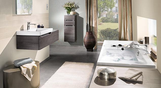 Whirlpool Kleine Badkamer : Een badkuip plaatsen in een kleine badkamer villeroy boch